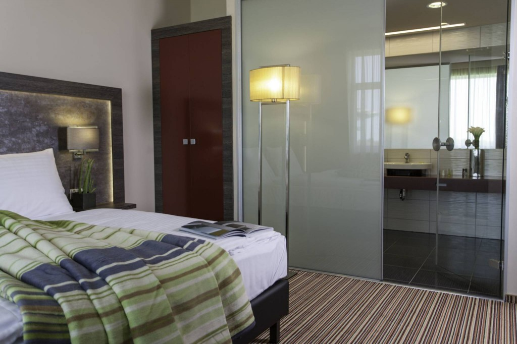 Business Superior Mozgáskorlátozott szoba ETO Park Hotel