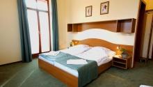 5 éjszakás kikapcsolódás félpanzióval Hotel Anna Villa