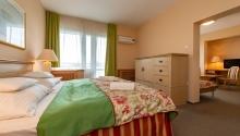 Online ajánlat ellátás nélkül 5 éjtől Hotel Fit Hévíz